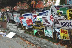 Story+Image_yard+signs+from+2005-article_fit_300x300